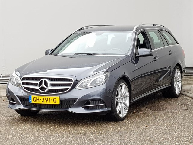 Mercedes-Benz E-Klasse 300 BT HYBRID ESTATE AUT. Foto 1