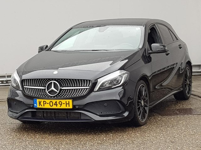 Mercedes-Benz A-Klasse 180 AMG Styling Edition Plus Automaat. Foto 1